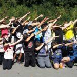Schülergruppe im Programmn bei Erlebnispädagogik